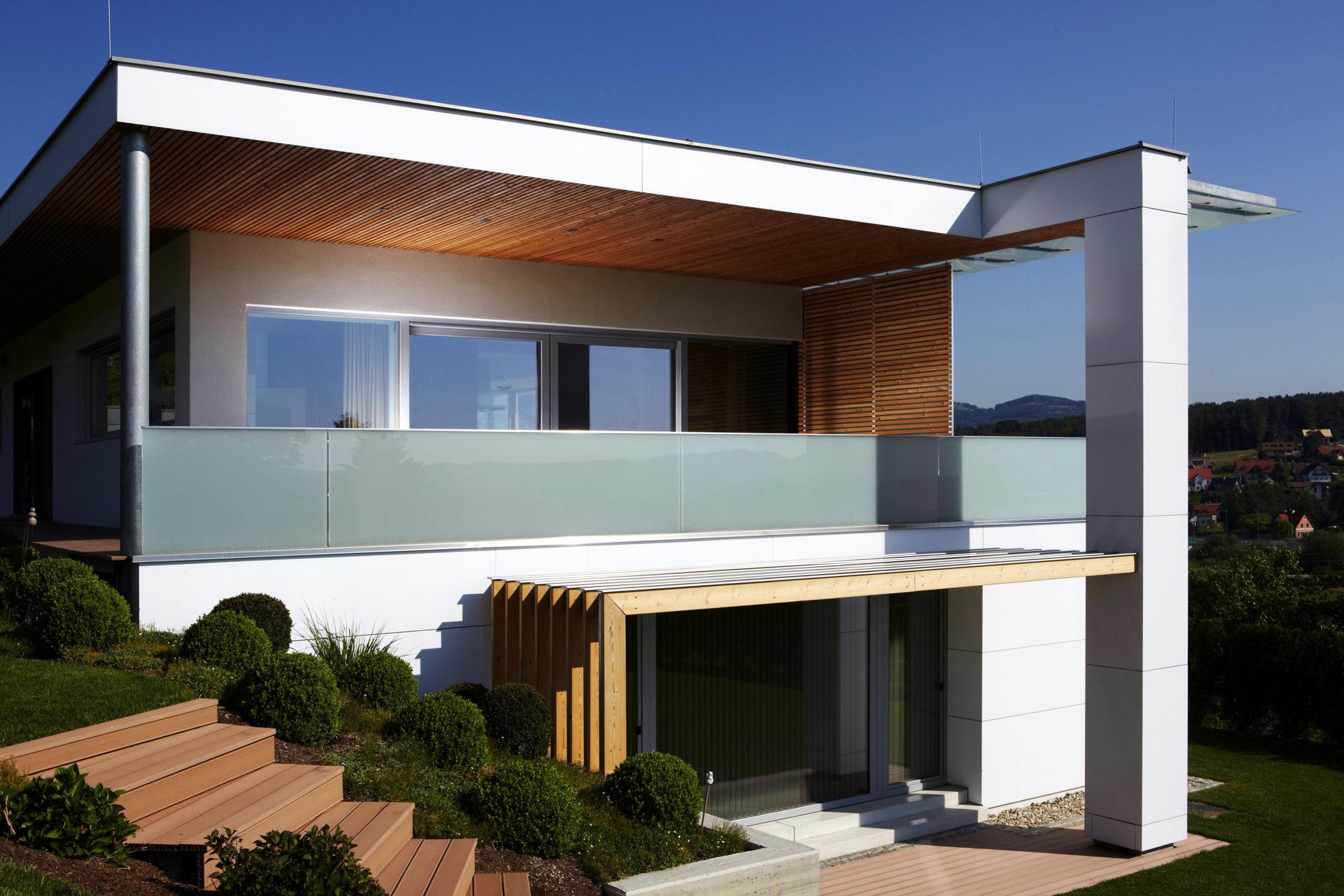 Architekturfoto, modernes Haus mit Holz