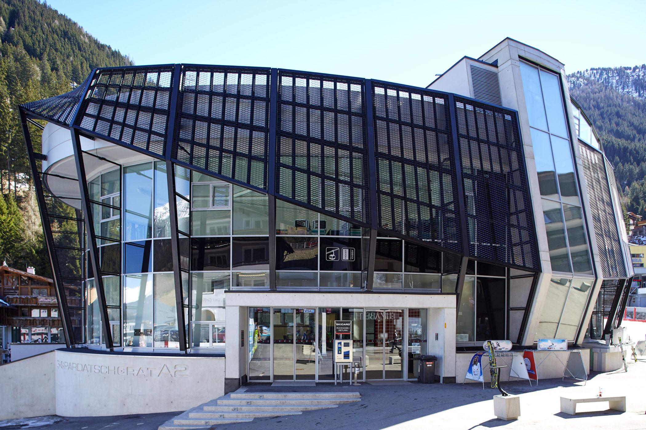 Pardatschgratbahn Ischgl, Prometall Fassade aus Streckmetall, Architektur